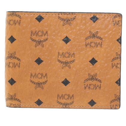 MCM '' Claus Card Case '' with Visetos pattern