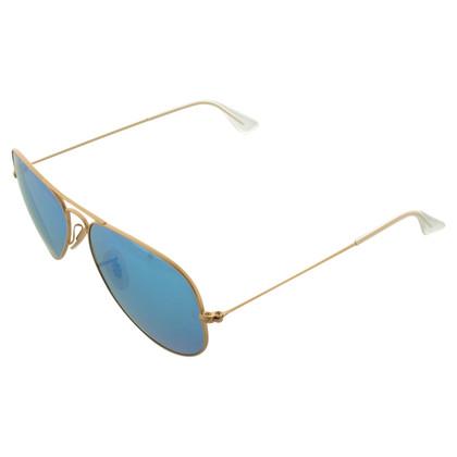 Ray Ban Pilotenbrille mit polarisierten Gläsern
