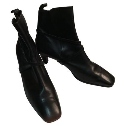 Salvatore Ferragamo laarzen