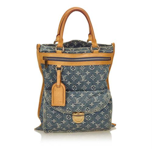 Louis Vuitton Sac Plat Monogram Denim - Second Hand Louis Vuitton ... 7f09c6dacf2