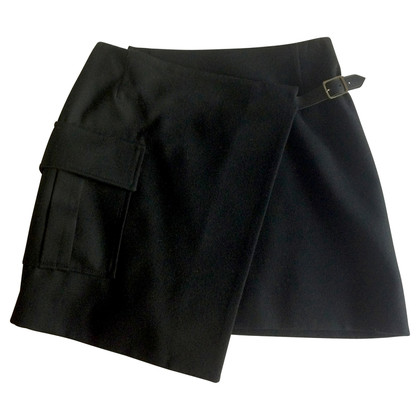 Burberry Wrap-around skirt kilt-look