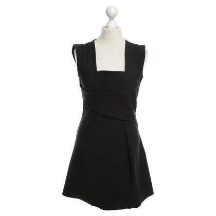 McQ Alexander McQueen Kleid in Schwarz