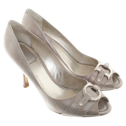 Christian Dior pumps in silver colors