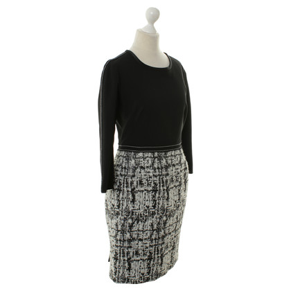 Aquilano Rimondi Dress in black and white