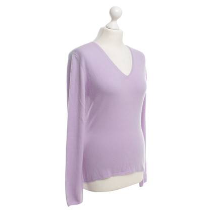 Allude Cashmere sweaters in lilac