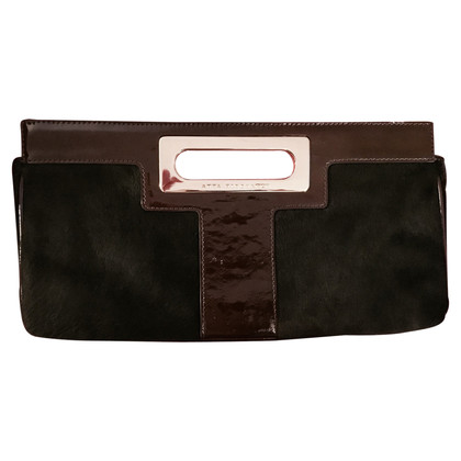Anya Hindmarch Clutch mit Fell