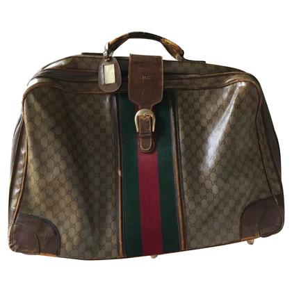 Gucci Vintage reistas