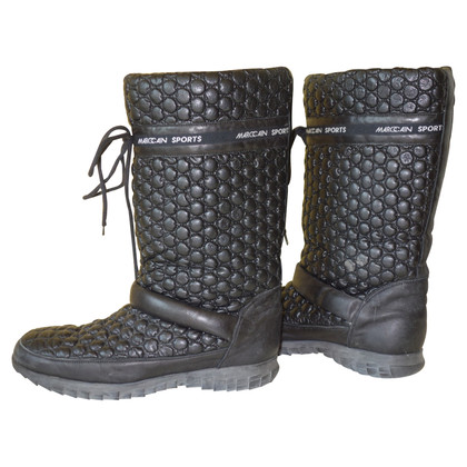 Marc Cain Snowboots made of leather