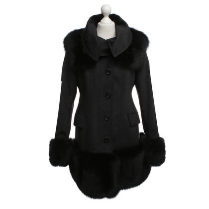 Burberry Coat with fur trim