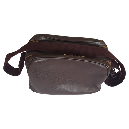 Louis Vuitton Shoulder bag made of taiga leather