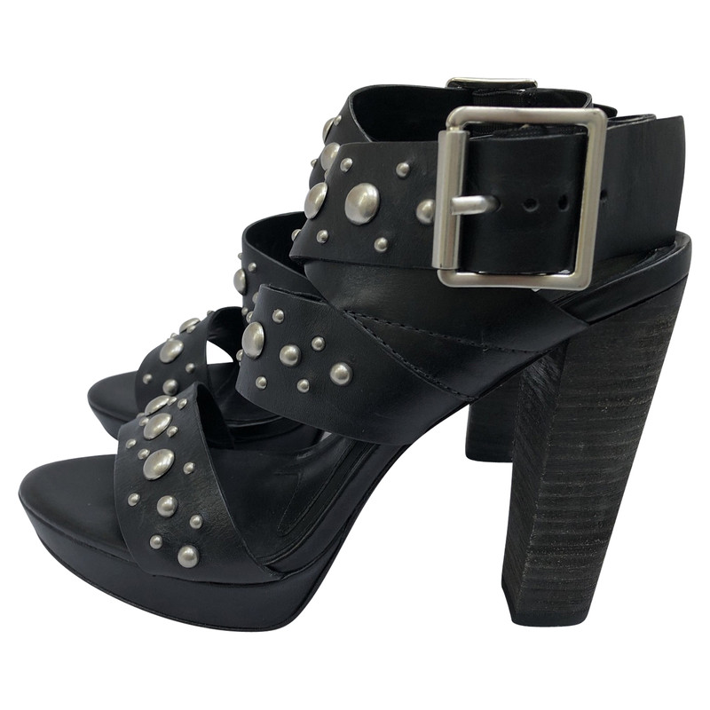 Vera Wang Sandals Leather in Black
