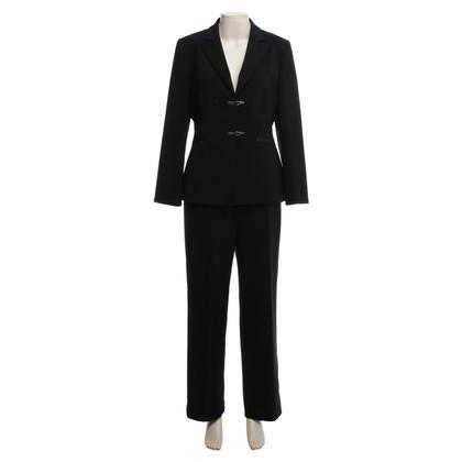 Tahari Anzug in Schwarz