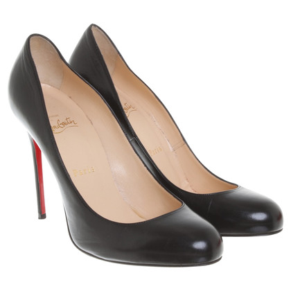 Christian Louboutin pumps in black