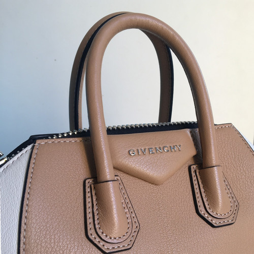 3377fb18331b Givenchy Antigona Mini Leather - Second Hand Givenchy Antigona Mini ...