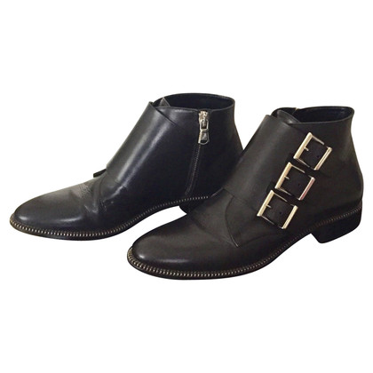Sebastian Milano  Leather ankle boots