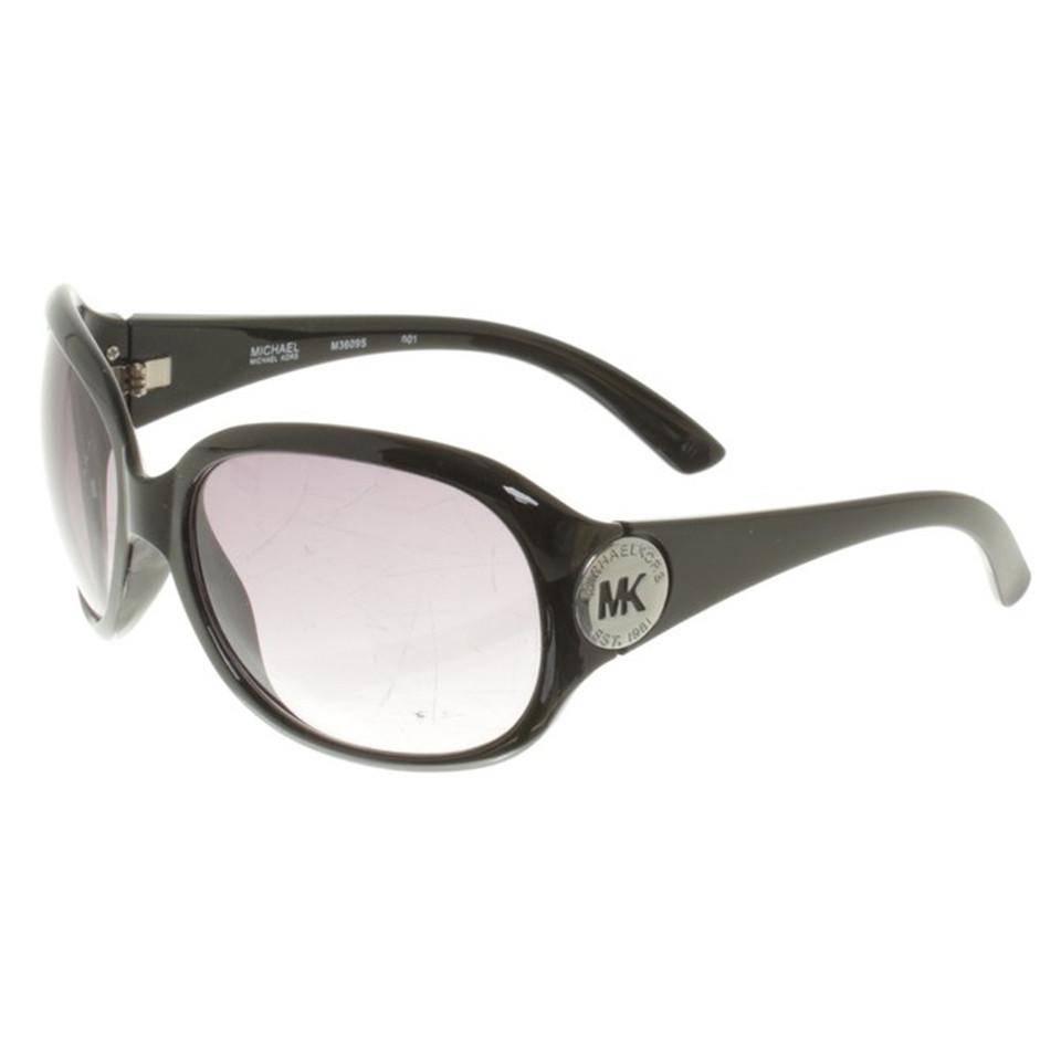 michael kors sonnenbrille in schwarz second hand michael kors sonnenbrille in schwarz. Black Bedroom Furniture Sets. Home Design Ideas