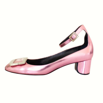 Roger Vivier Slingpumps in Metallic