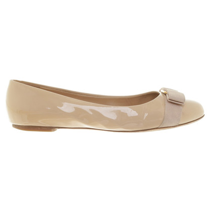 Salvatore Ferragamo Ballerinas in Beige