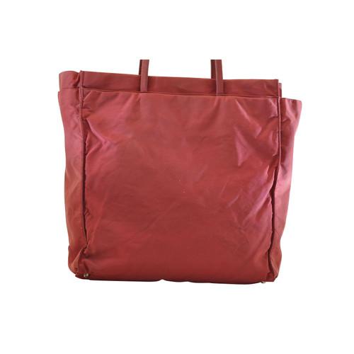 67042770fc2e Prada Handbag in Red - Second Hand Prada Handbag in Red buy used for ...