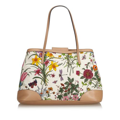 a5c769491f634 Gucci Tote bag Canvas in White - Second Hand Gucci Tote bag Canvas ...