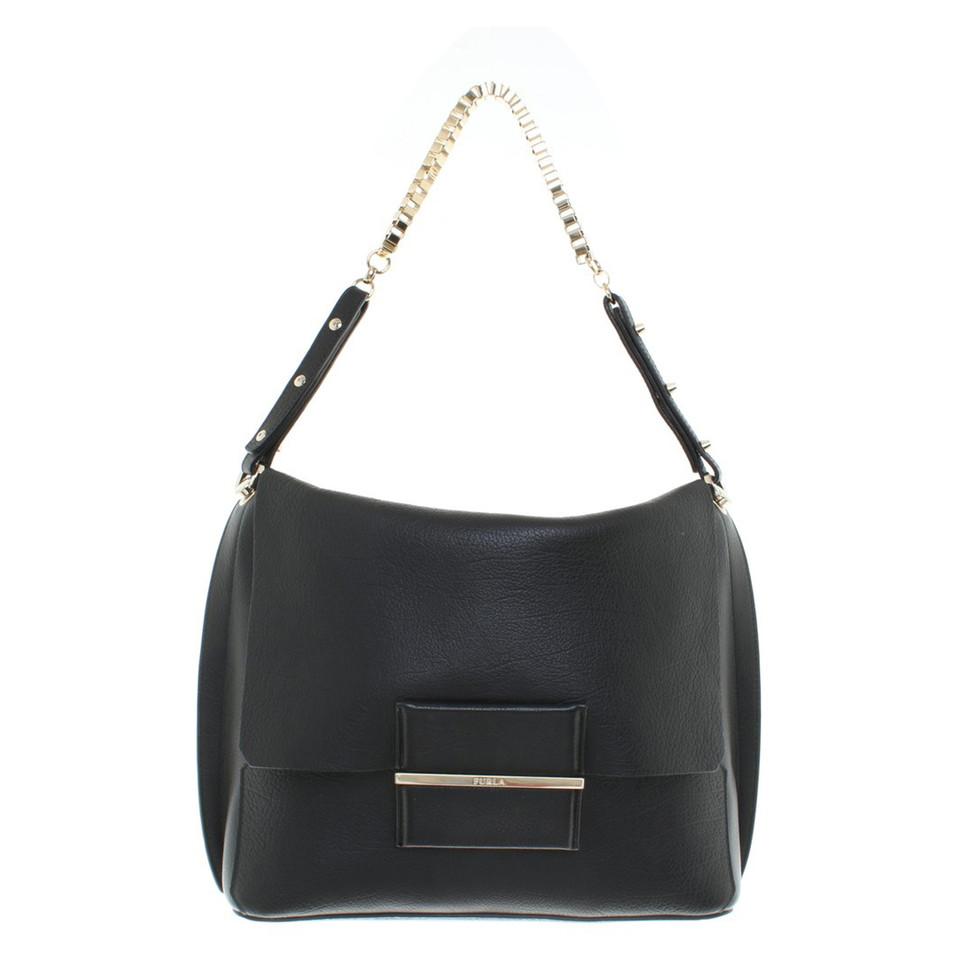 furla handtasche in schwarz second hand furla handtasche in schwarz gebraucht kaufen f r 280. Black Bedroom Furniture Sets. Home Design Ideas