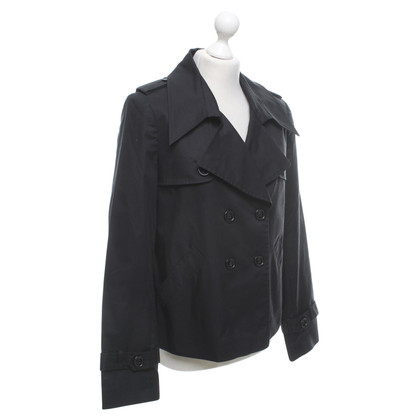 Gestuz Trench coat in black