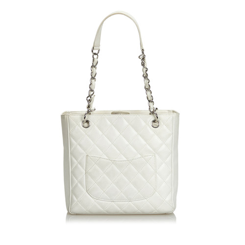 5c8aa0ec7792 Chanel Caviar Petite Shopping Tote Bag in white leather - Second ...