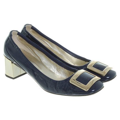 Roger Vivier Lackleder-Pumps in Dunkelblau