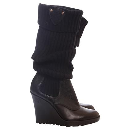 Gucci caricamento del piedino di cuoio del cuneo GG del cuoio