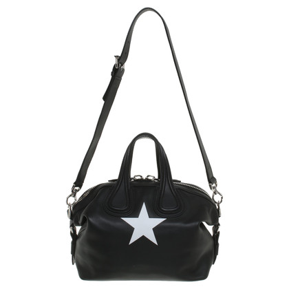 "Givenchy ""Antigona Bag"" in black"
