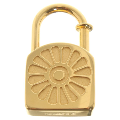 Hermès Gold colored pendant