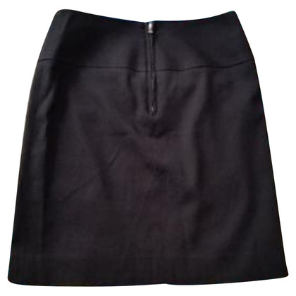 Dolce & Gabbana Skirt in black wool