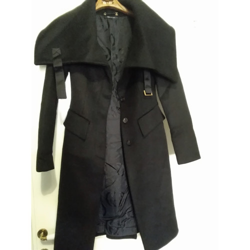 Gucci Giacca Cappotto in Lana in Nero - Second hand Gucci Giacca ... 831335db5c28