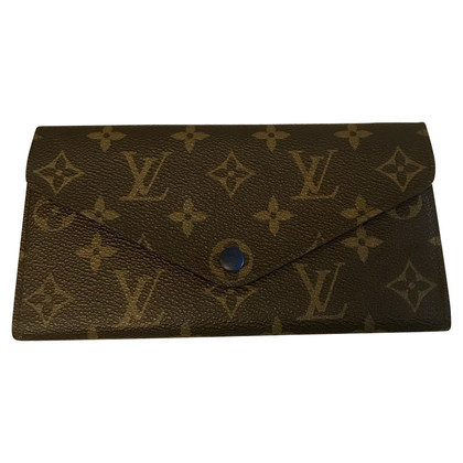 Louis Vuitton Louis Vuitton leather wallet