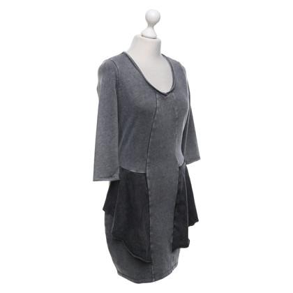 Hugo Boss Robe en gris