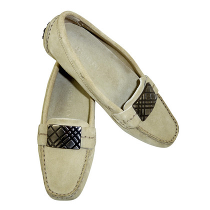 Burberry Cream-coloured moccasins in the classic design