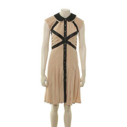 Chanel Beige jurk met lederen details