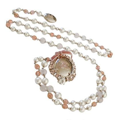 Chanel Perlen-Gürtel-Sautoir mit CC-Schild