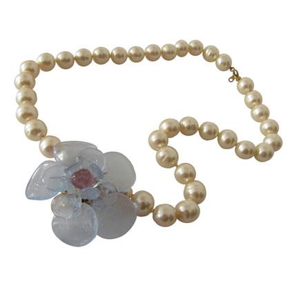 Chanel Gripoix Perlenkollier glass Camellia