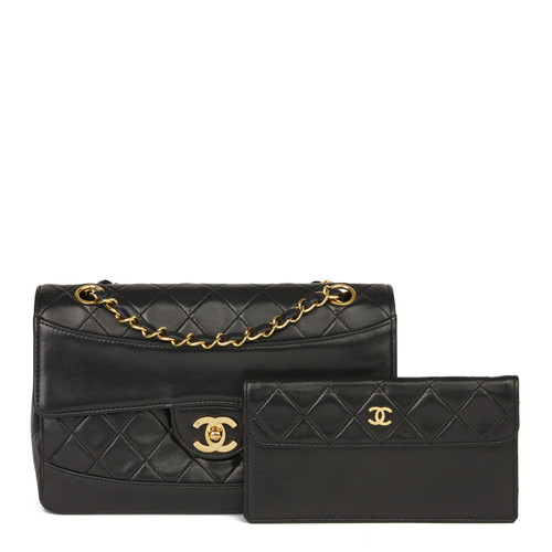 6868c47db9b Chanel Classic Flap Bag leather in black - Second Hand Chanel ...