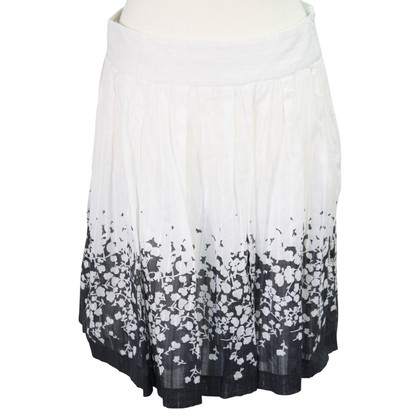 French Connection skirt made of cotton