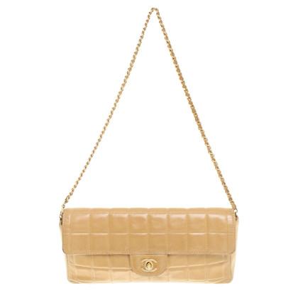 Chanel clutch in Beige