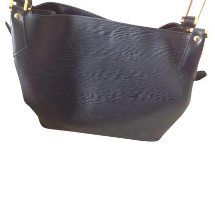 Louis Vuitton Shoulder bag made of Epi leather