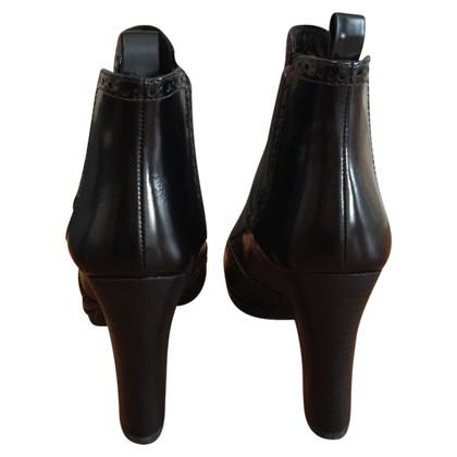 Prada Schwarze Ankle Boots