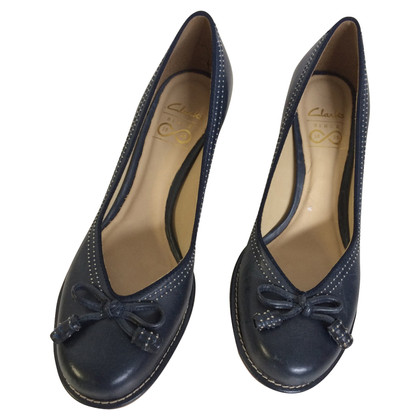 Clarks Scuro Clarks blu pumps