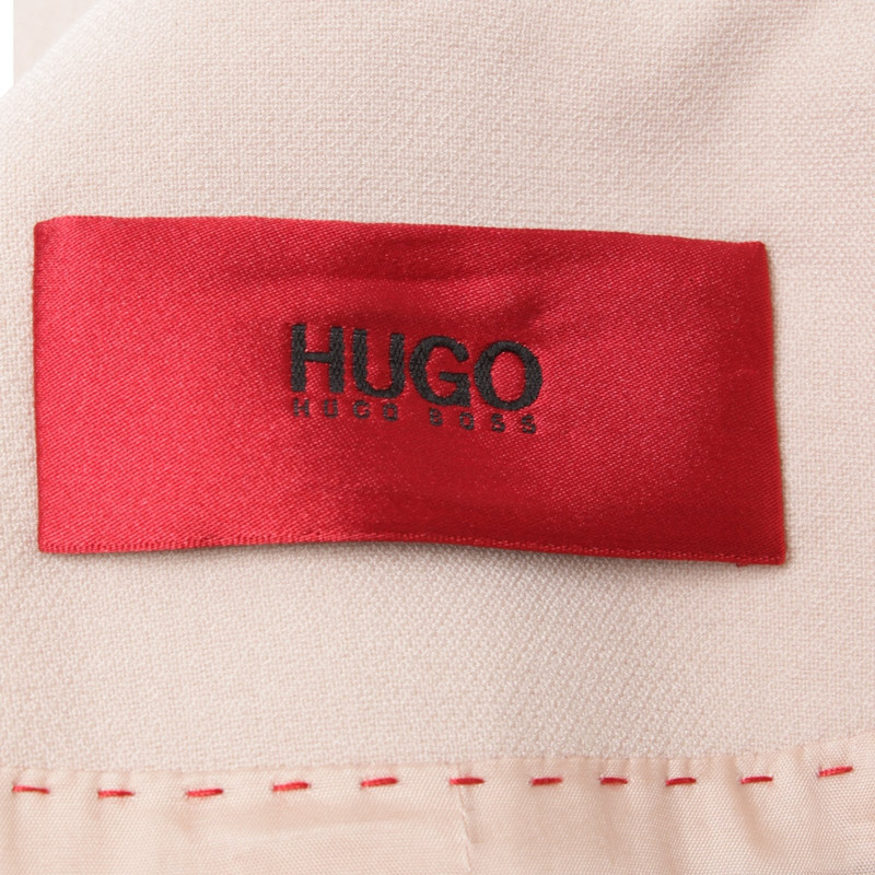 Hugo boss red mantel