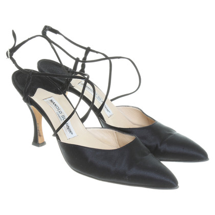 Manolo Blahnik Slingbacks in black