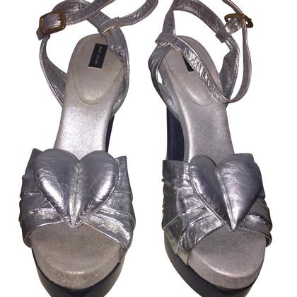 Marc Jacobs Silberfarbene Sandaletten