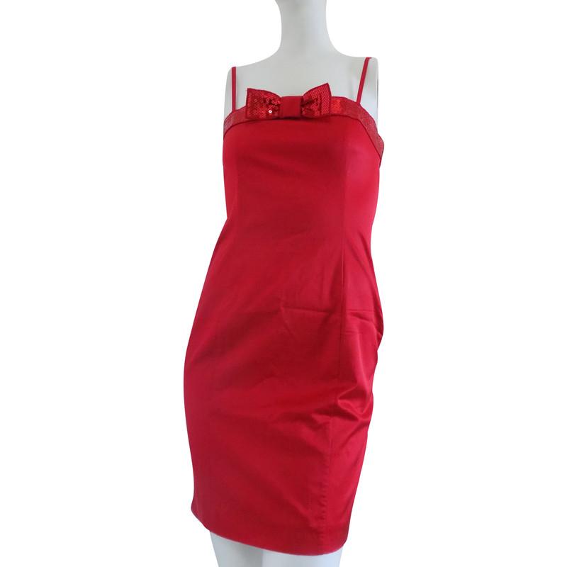 Rotes kleid 134