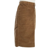 Closed skirt in brown
